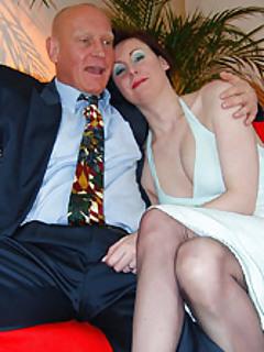 Mature Wife Pics